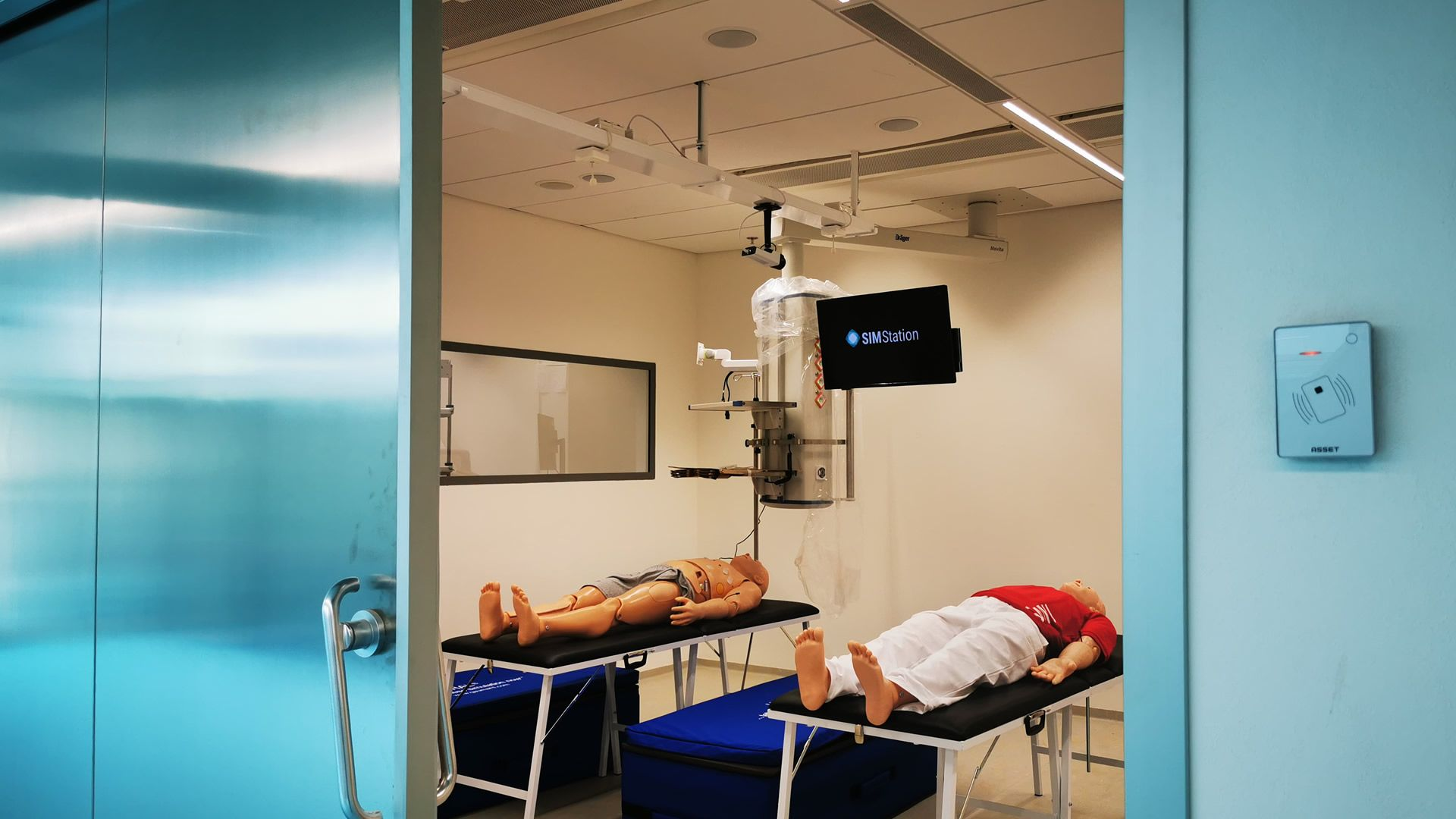 https://cms.simstation.comMasaryk University Simulation Center